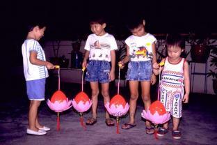 mooncake festival at kong meng san phor kark see temple 1989f
