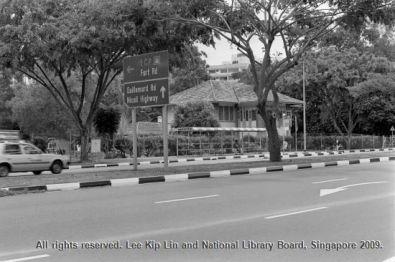 fort road2