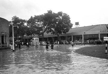 alexandra rd flood 24031952a