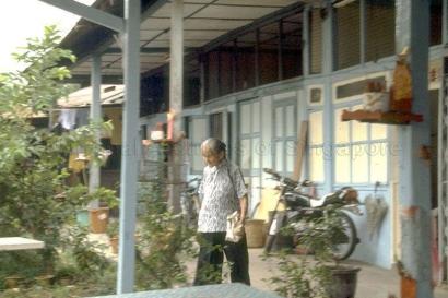 chong pang village 1985f_sm