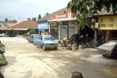 chong pang village 1985j_sm