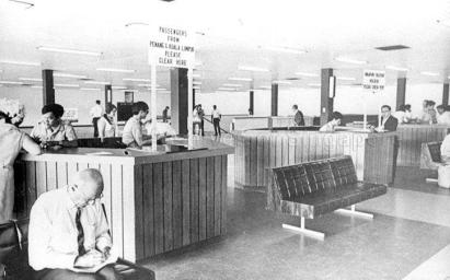 immigrant checkpoint at kallang airport 1948a