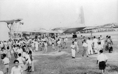 singapore air display at kallang airport 1949a