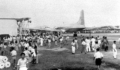 singapore air display at kallang airport 1949c