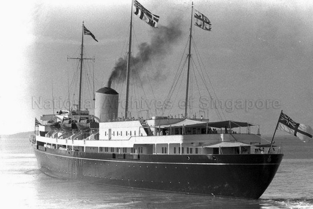 royal-yacht-britannia-to-leave-spore-25021959a