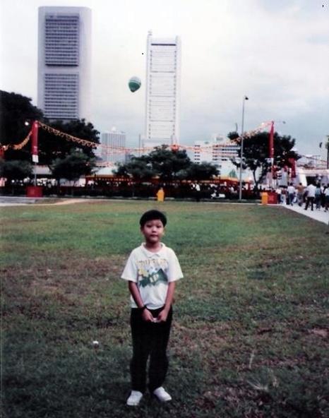 liwei-at-1992-river-hongbao