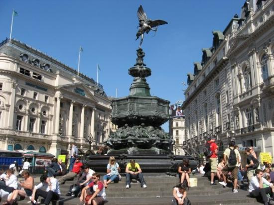 eros-statue-picadilly