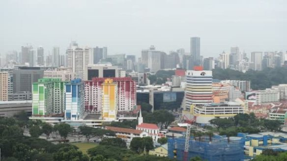 depositphotos_101505088-stock-video-aerial-of-colourful-rochor-centre